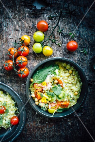 Savory Oatmeal With Chickpeas and Tomatoes