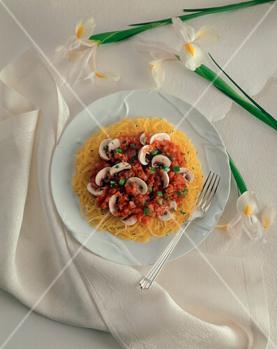 Spaghetti Squash with Tomato and Mushroom Sauce