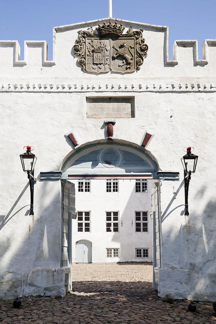 Visiting Dragsholm Castle