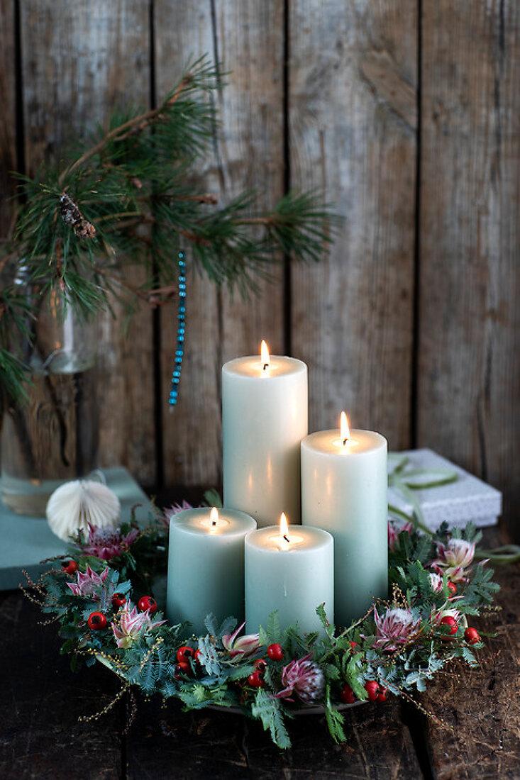 Yuletide DIY Wreaths