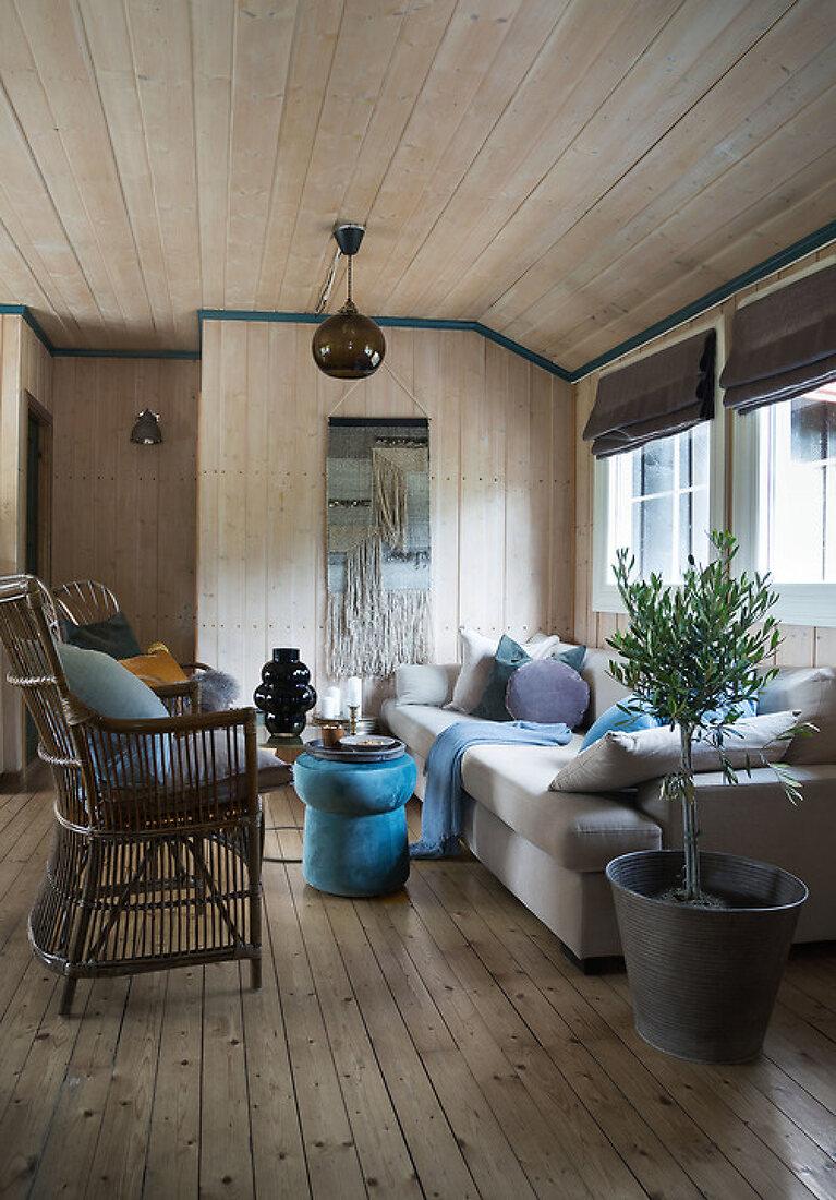 Simple Cabin Joy