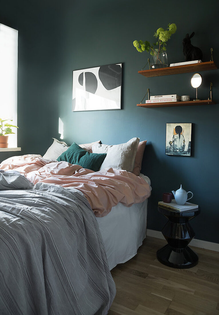 Warm & Cozy Small Apartment