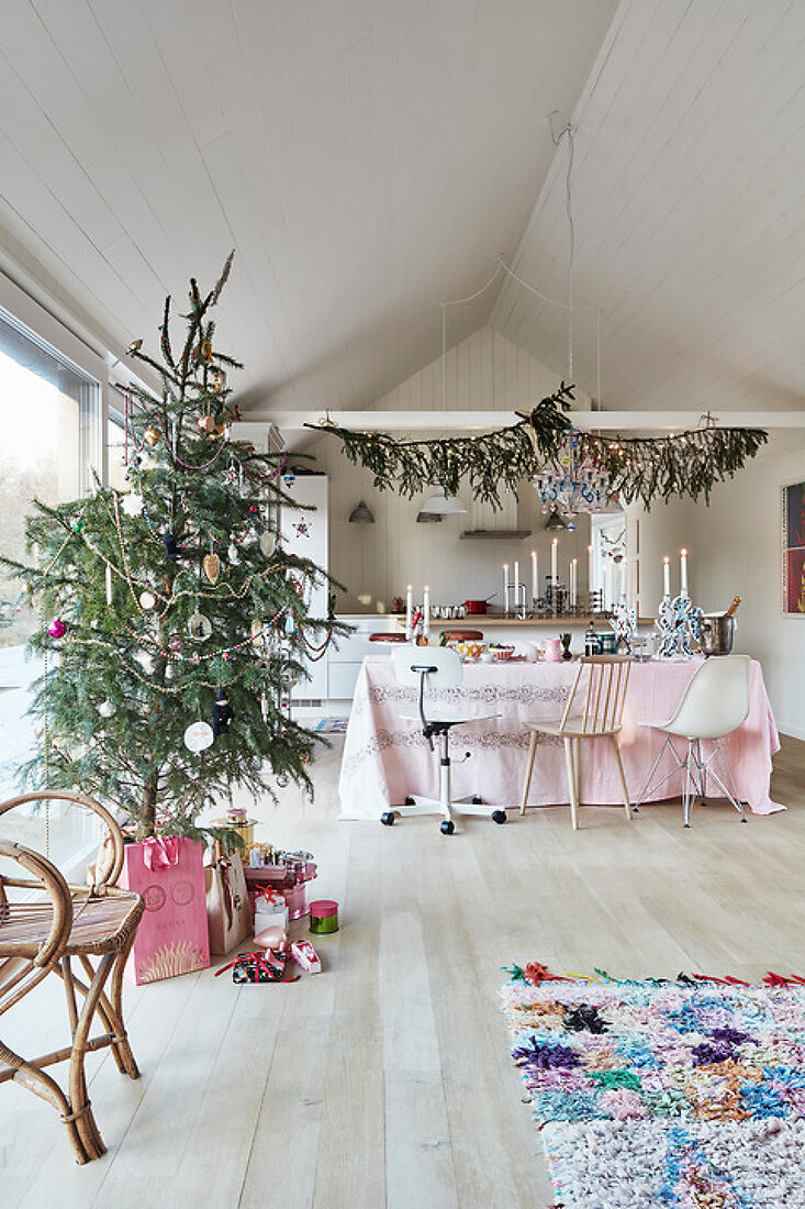 Pastel Christmas with Jane
