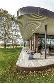 Artistic Tones in Beautiful Architecture