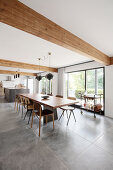Stone and Wood Refresh a 70s Villa