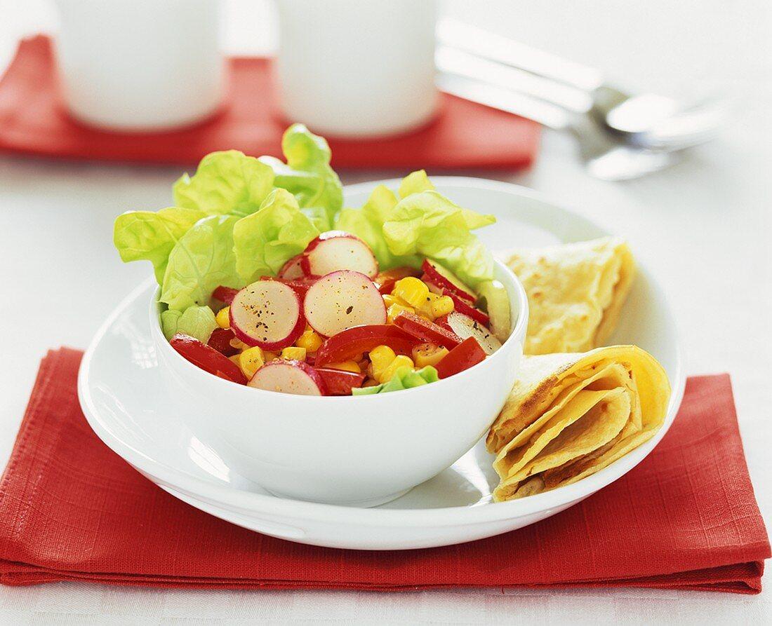 Vegetable salad with spelt crêpe