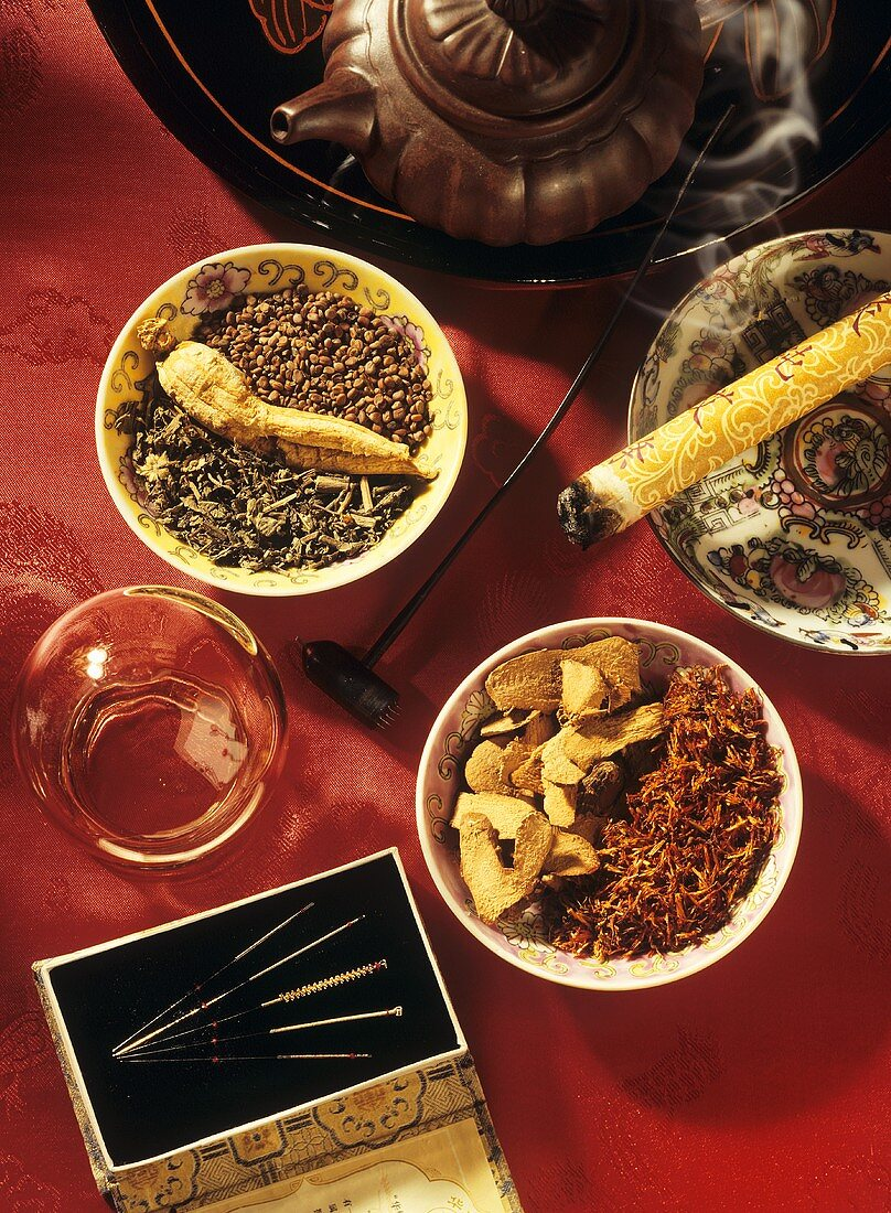 Equipment and remedies used in traditional Chinese medicine