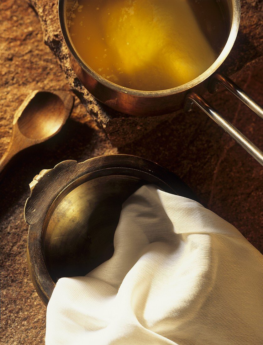 Making ghee (clarified butter, India)