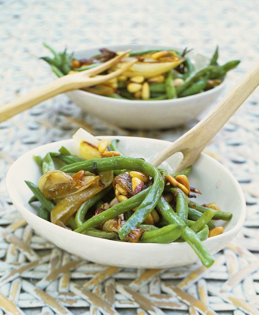 French bean salad with shallots and pine nuts
