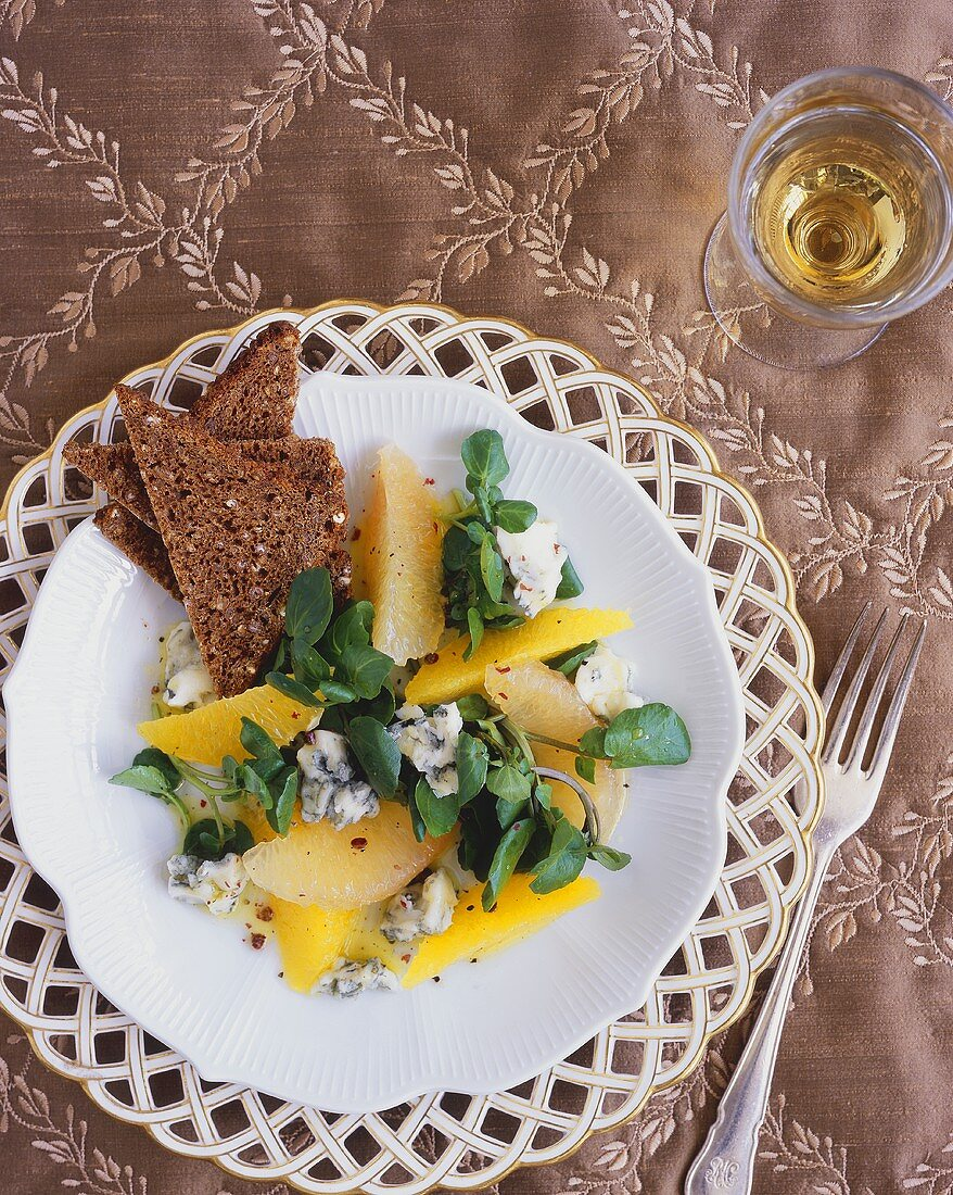 Watercress, orange, grapefruit and blue cheese salad
