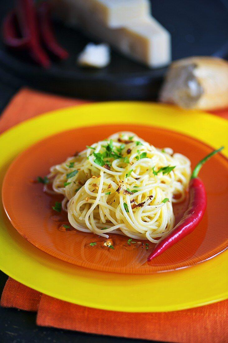 Spaghetti aglio olio with chilli peppers