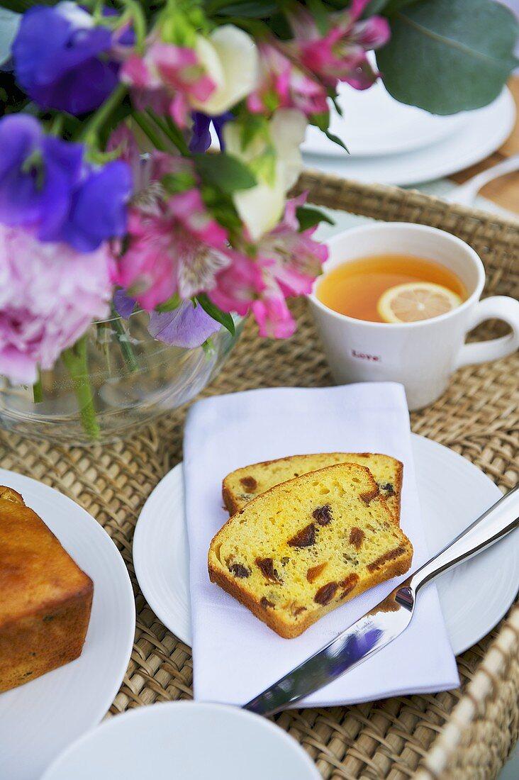Tea and fruit cake