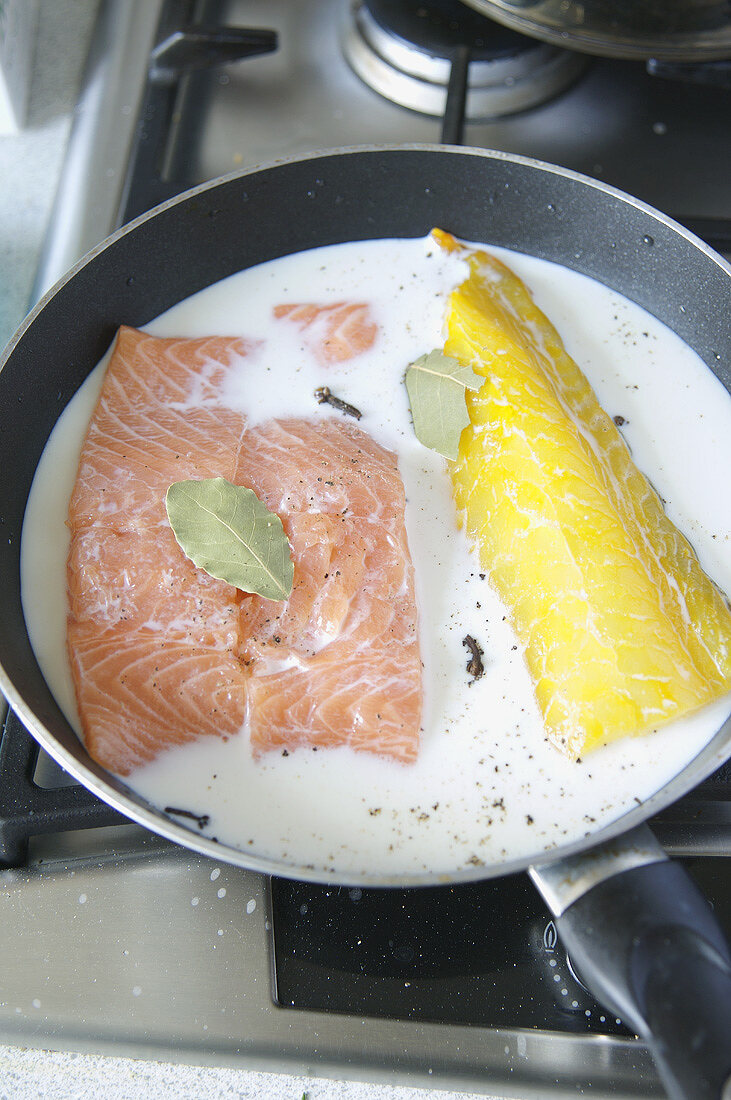 Salmon and smoked haddock in milk for fish pie