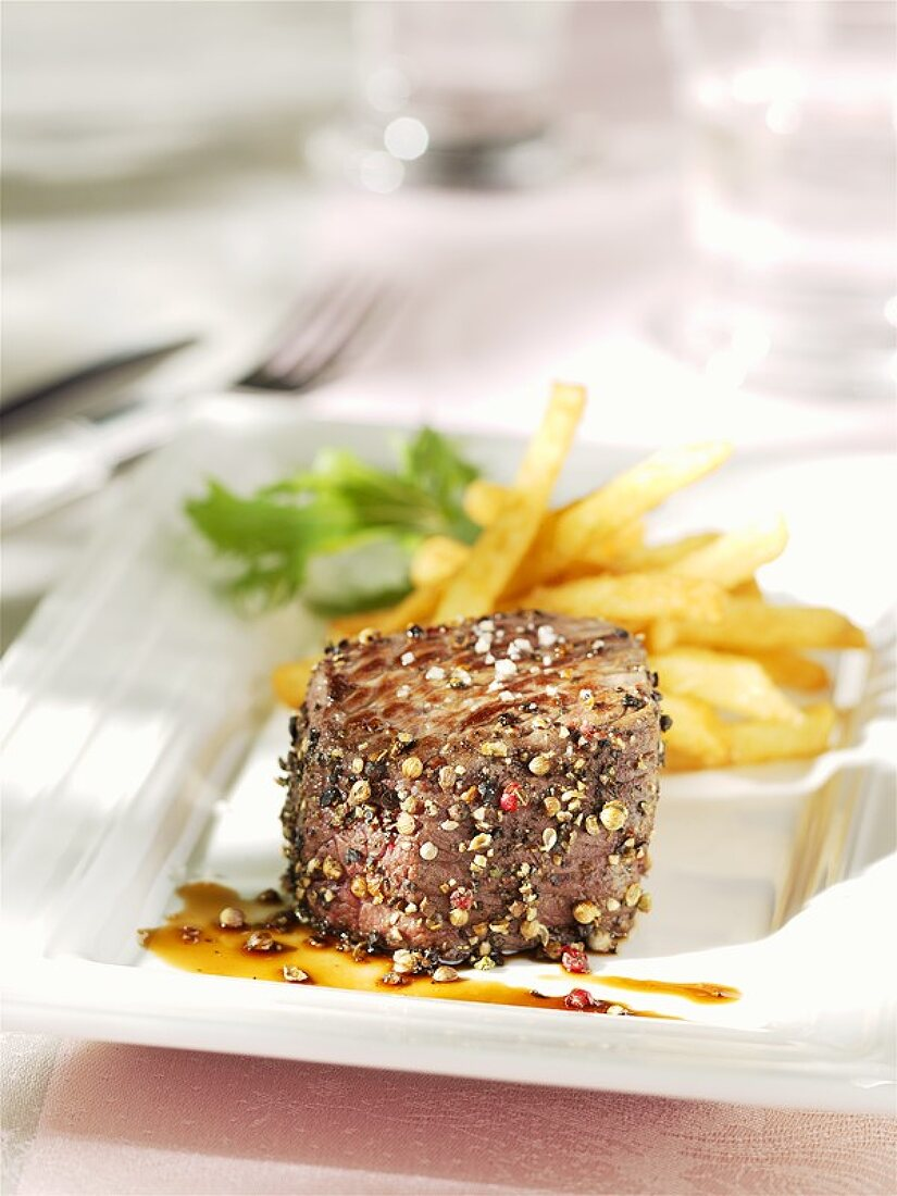 Peppered steak with chips