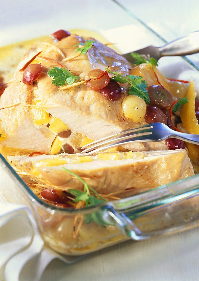 Turkey breast with grape & mango stuffing & strips of chilli