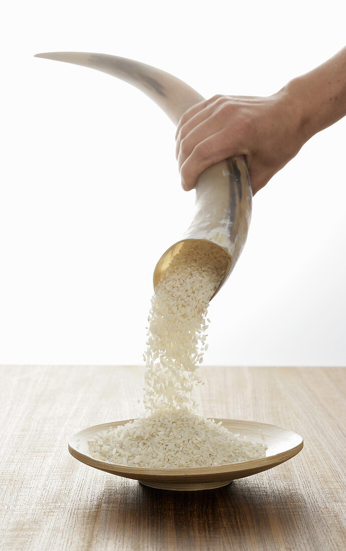 Rice pouring out of a horn