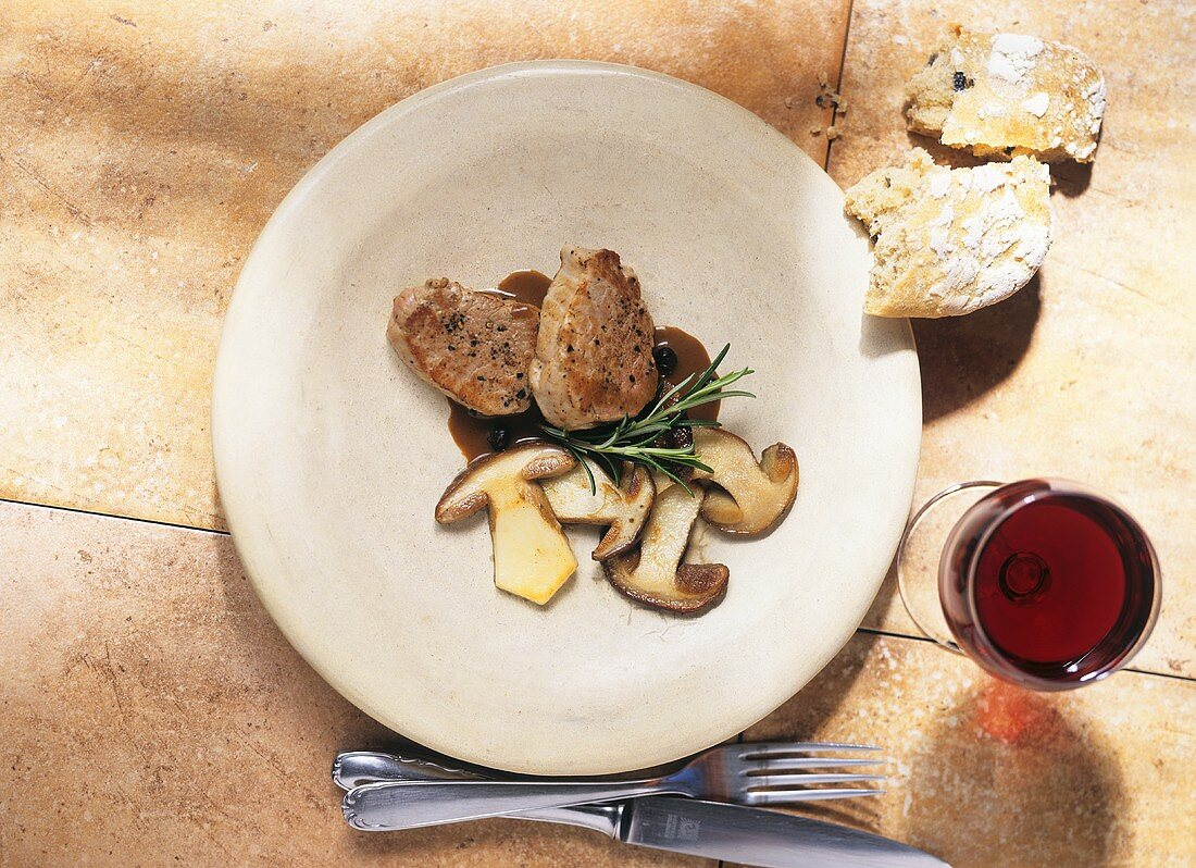 Maiale in agrodolce (Pork fillet with ceps and Marsala)