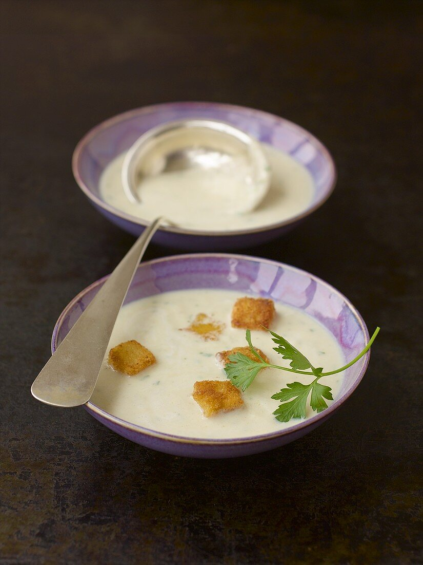 Jerusalem artichoke soup with breaded cheese cubes