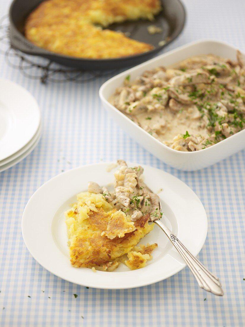 Geschnetzeltes (Swiss meat dish) with rösti