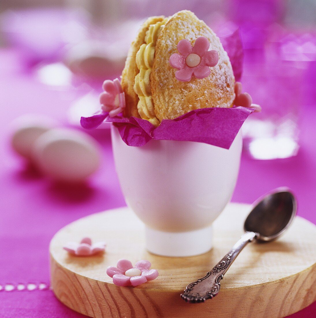 Pastry Easter egg with sugar flowers