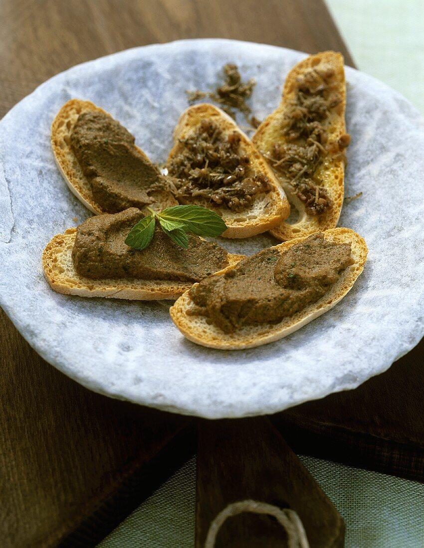 Crostini umbri (Crostini with truffle spread, Italy)