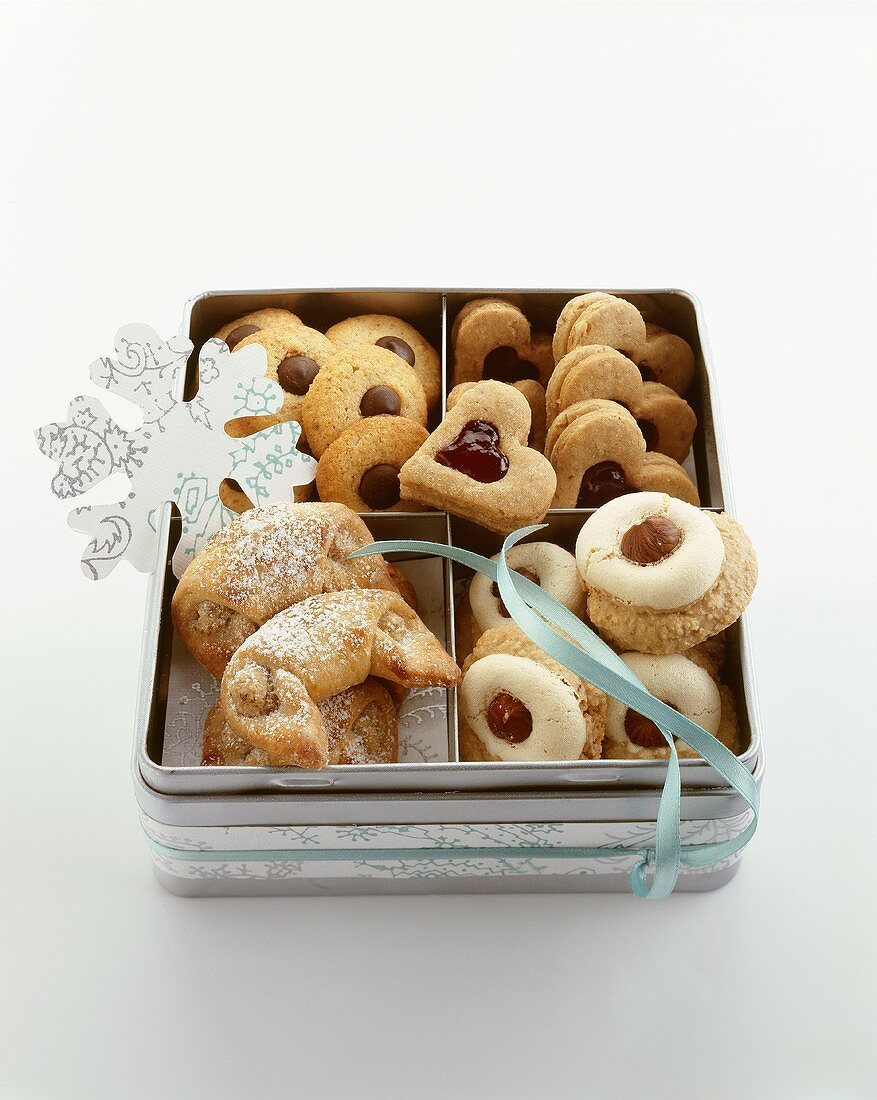 Four different kinds of German Christmas biscuits in a tin