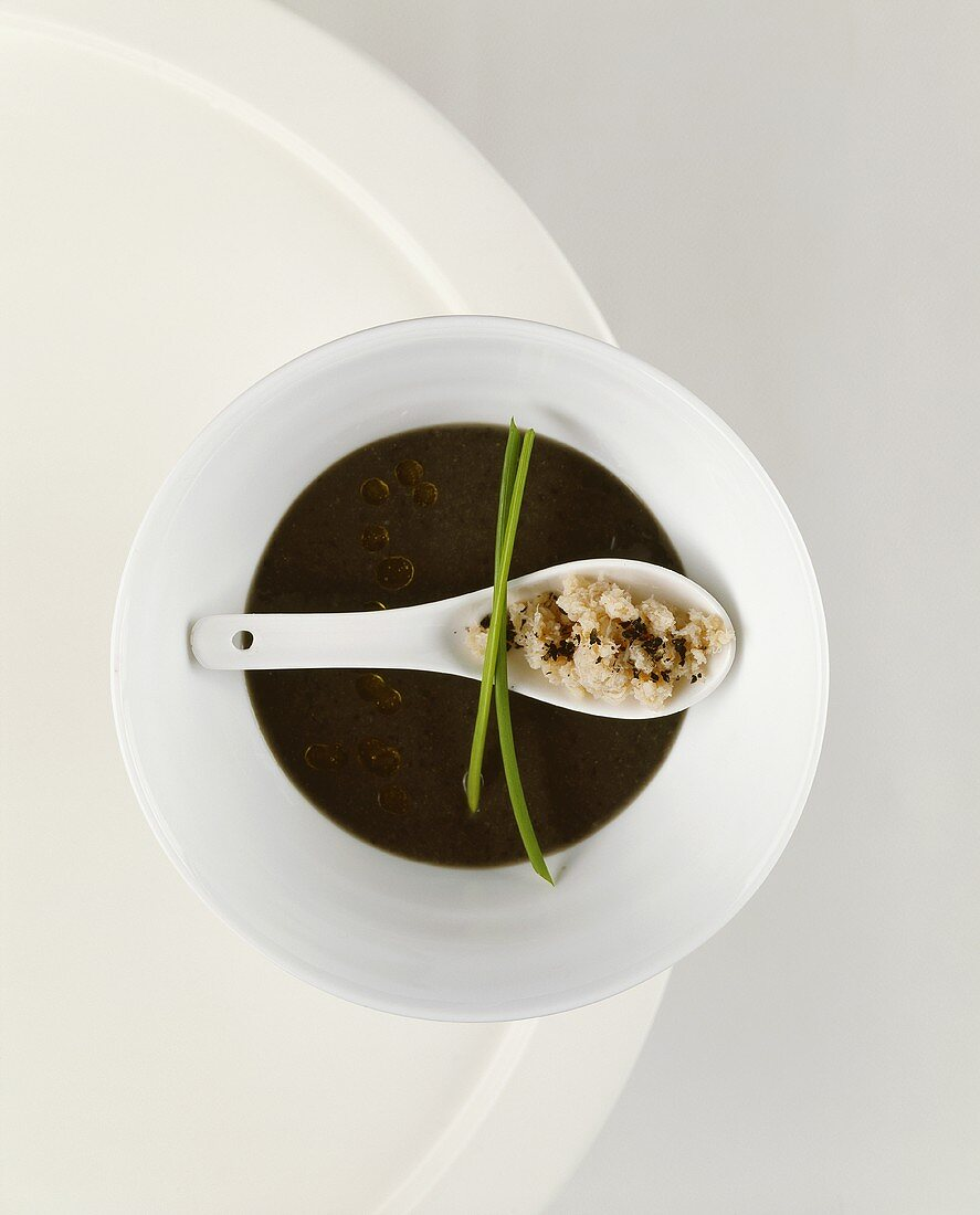 Black bean soup with crabmeat