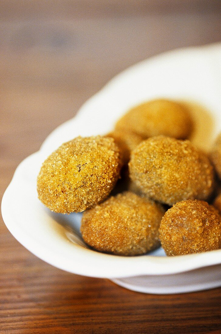 Olive all'ascolana (Deep-fried, stuffed olives, Italy)