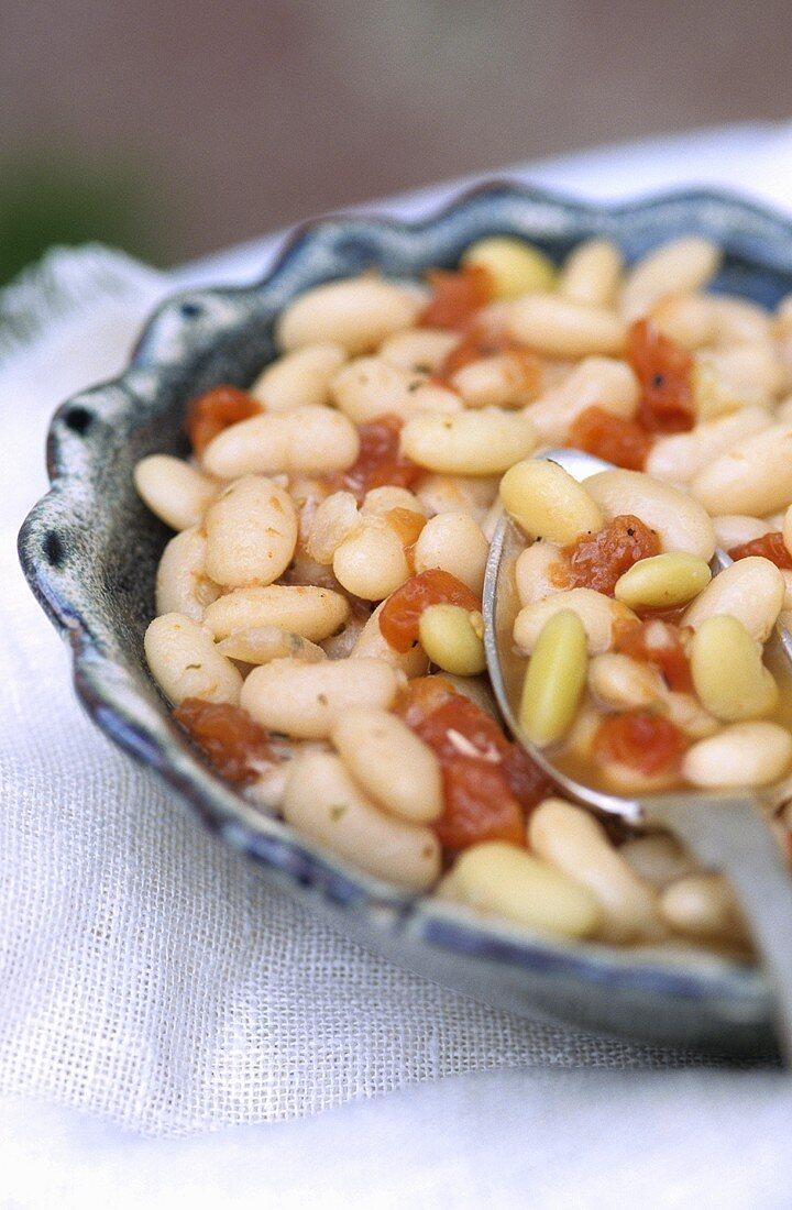 White beans à la Charentaise