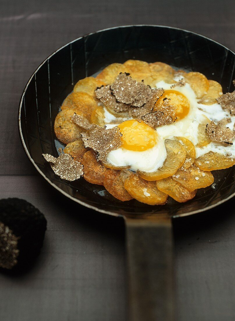 Anna potatoes with truffles
