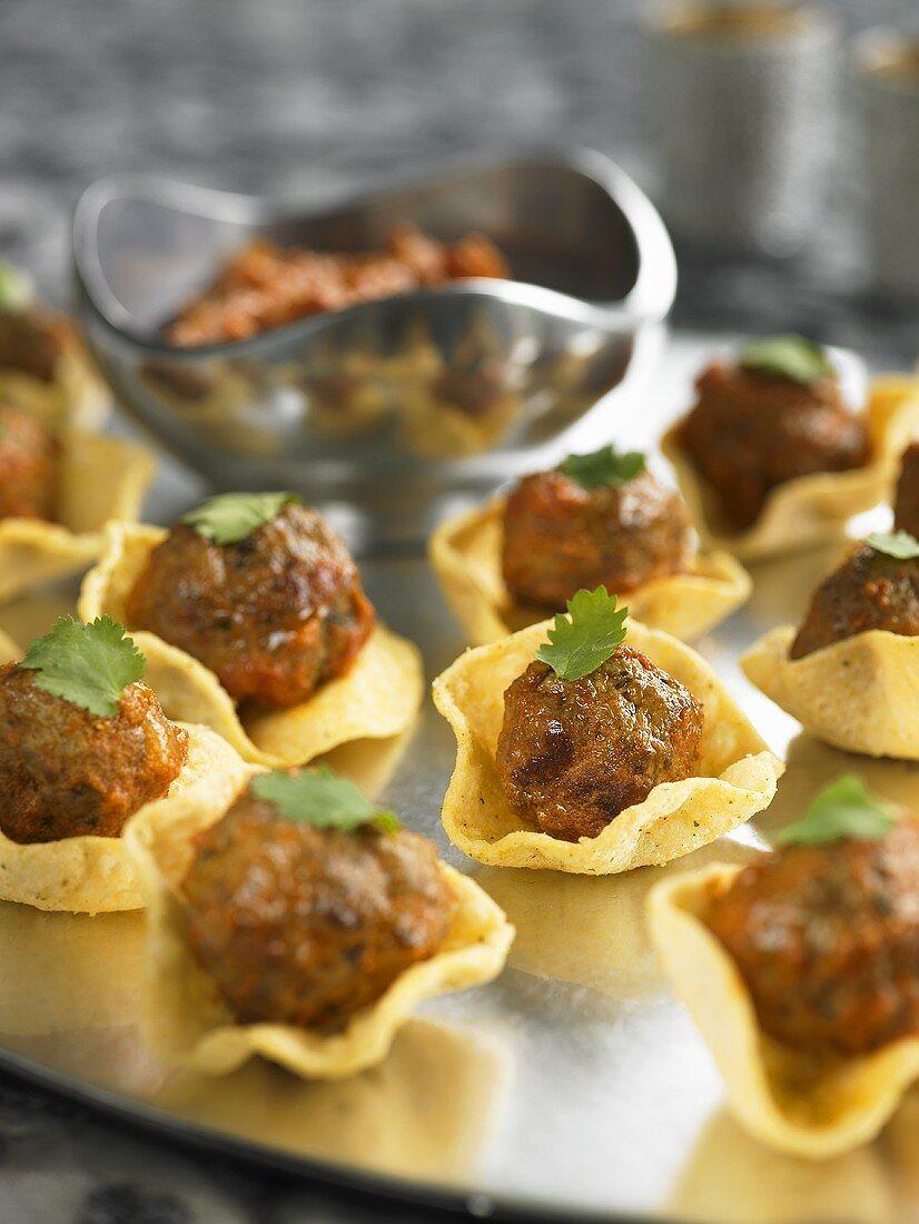 Kofta (meatballs) in pastry shells