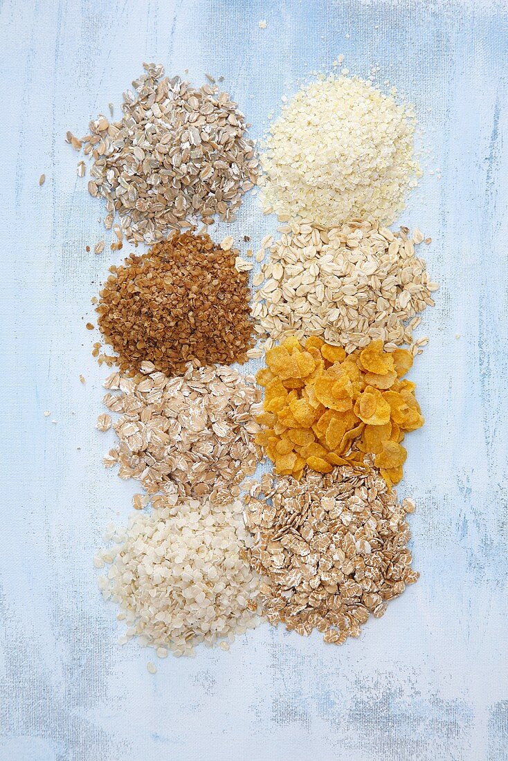 Cereal flakes (rye, millet, buckwheat, oat, spelt, maize, rice & wheat)