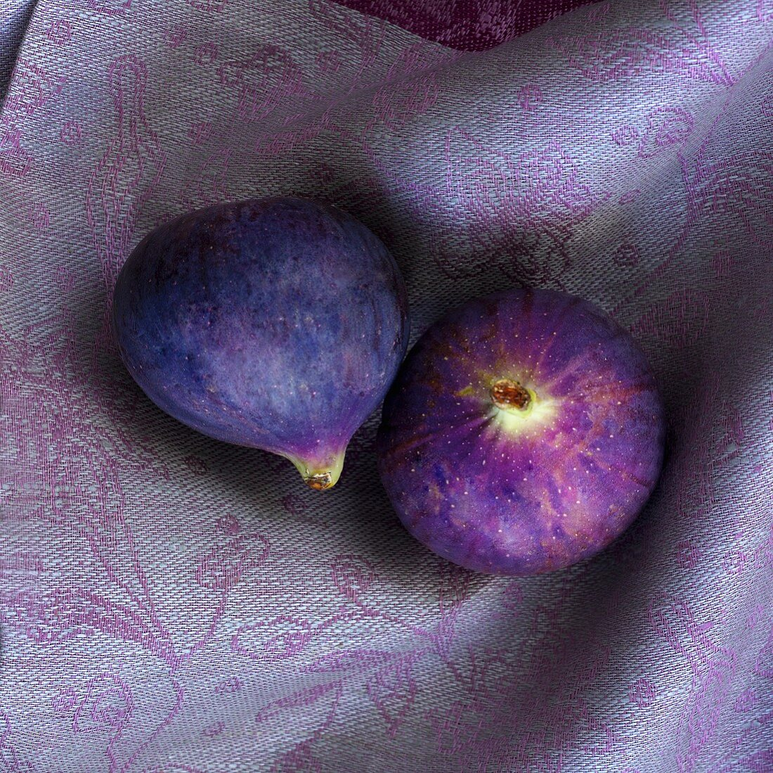 Two figs in a cloth