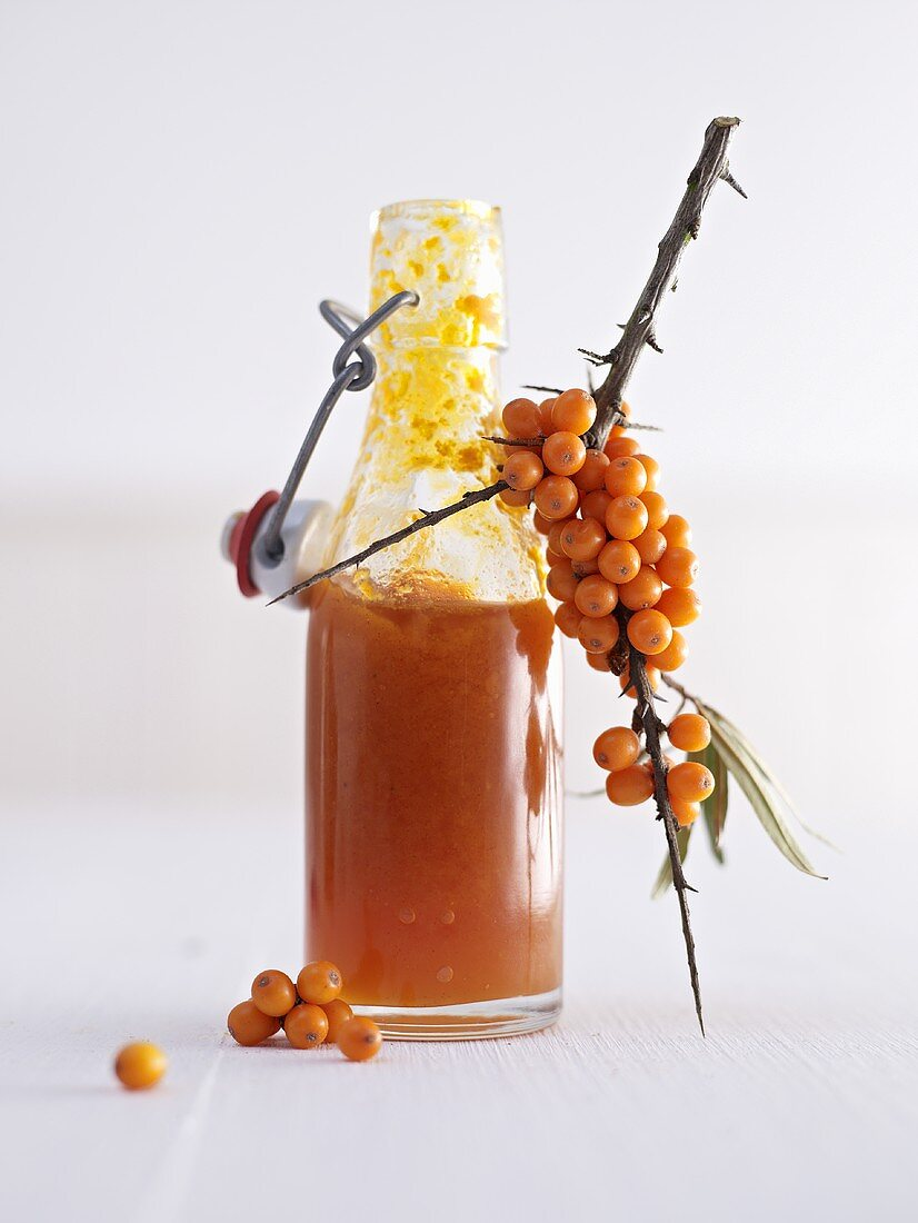 Sea buckthorn puree and sea buckthorn berries