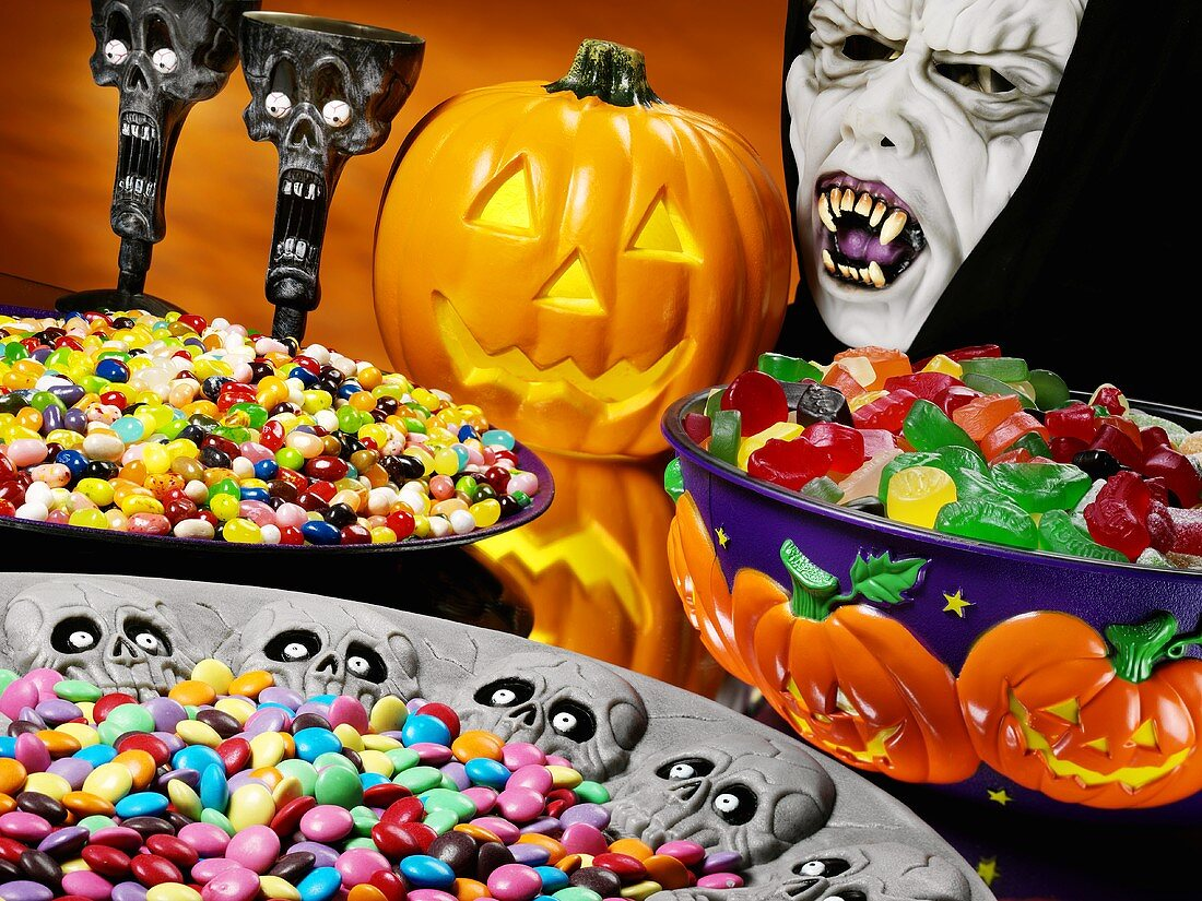 Three dishes of sweets for Halloween