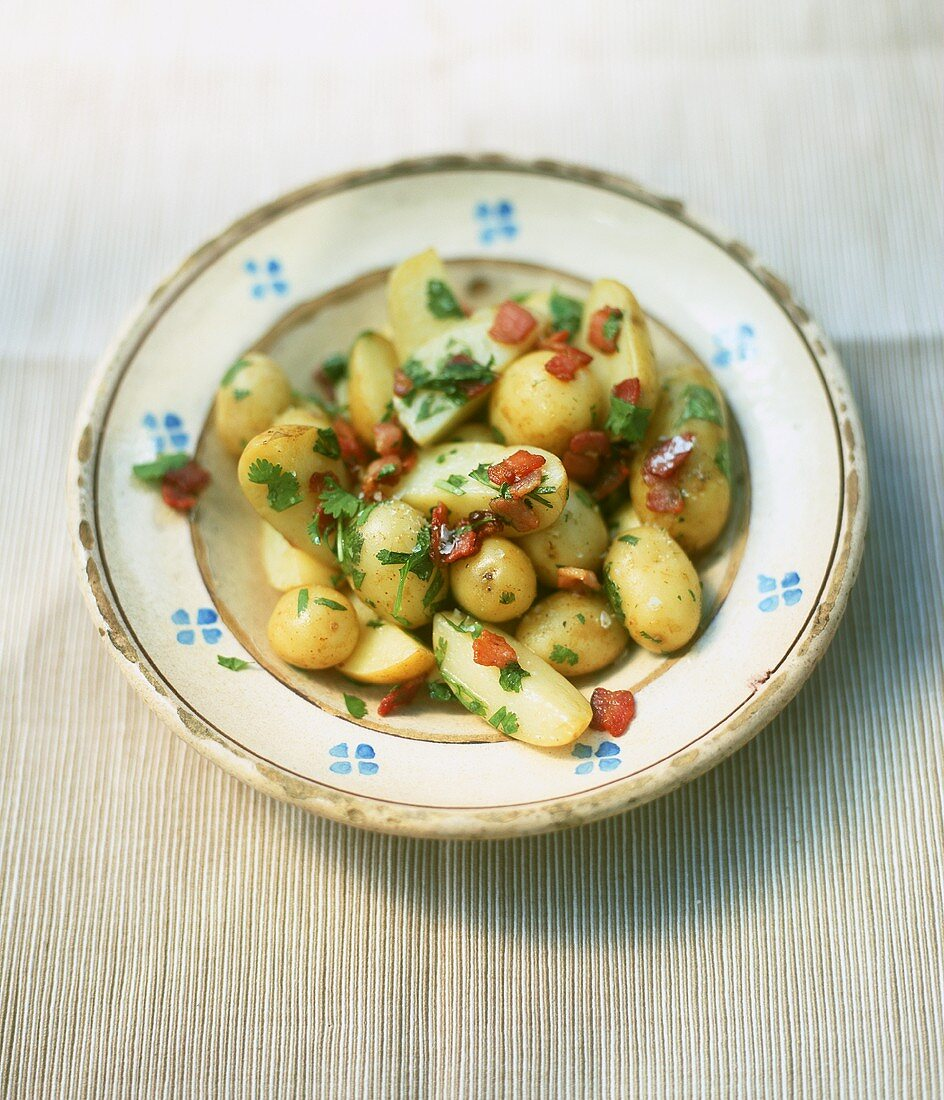 Potatoes with bacon and corriander