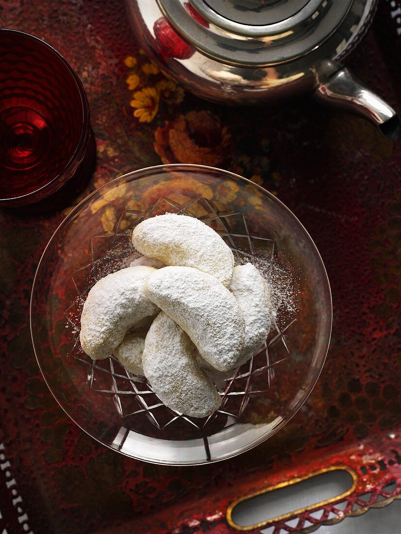 Kourambiedes (Greek butter cookies with icing sugar)