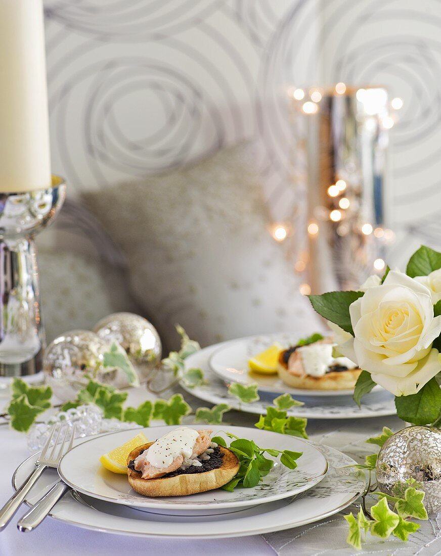 English muffins with sturgeon and caviar (Christmas)