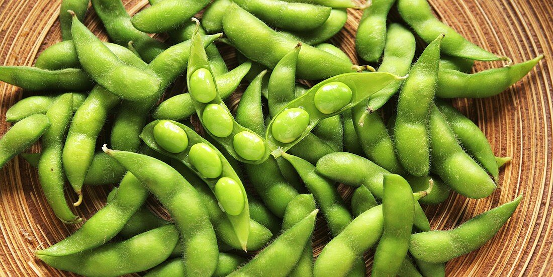 Fresh soya beans in a bowl