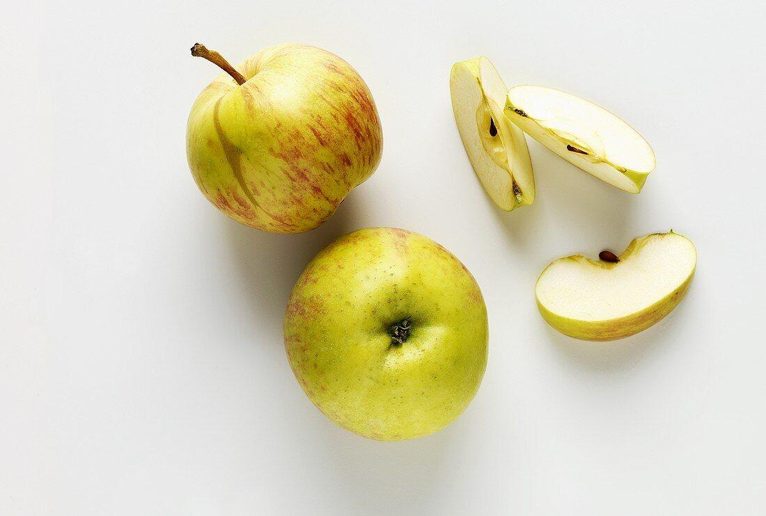 Apples (variety: Grafensteiner)