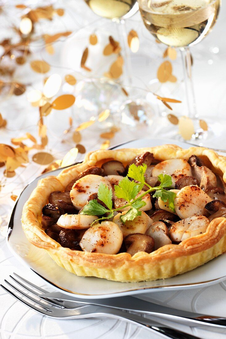 Scallop and mushroom puff pastry tart