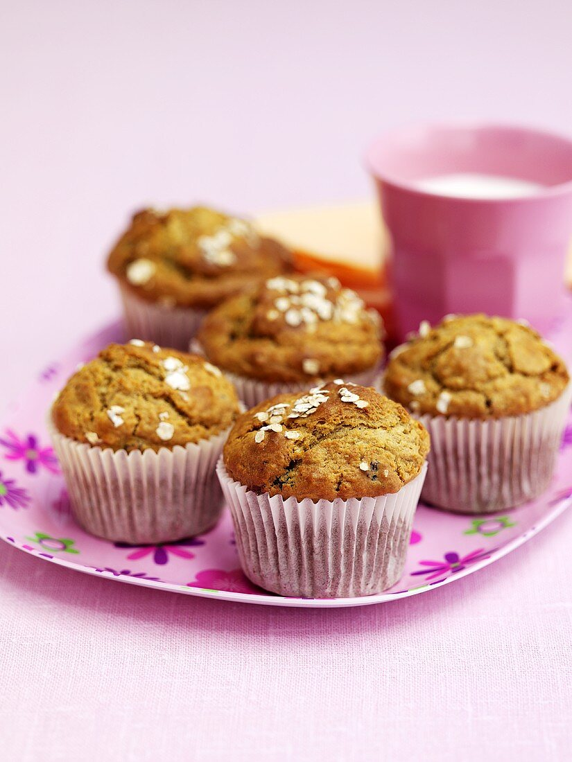 Muffins with oat flakes for children