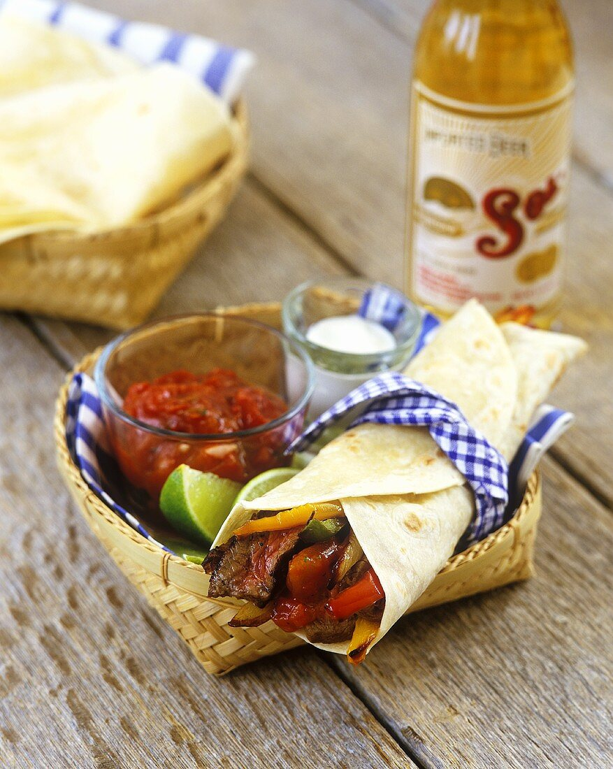 Steak fajitas with tomato salsa (Mexico)