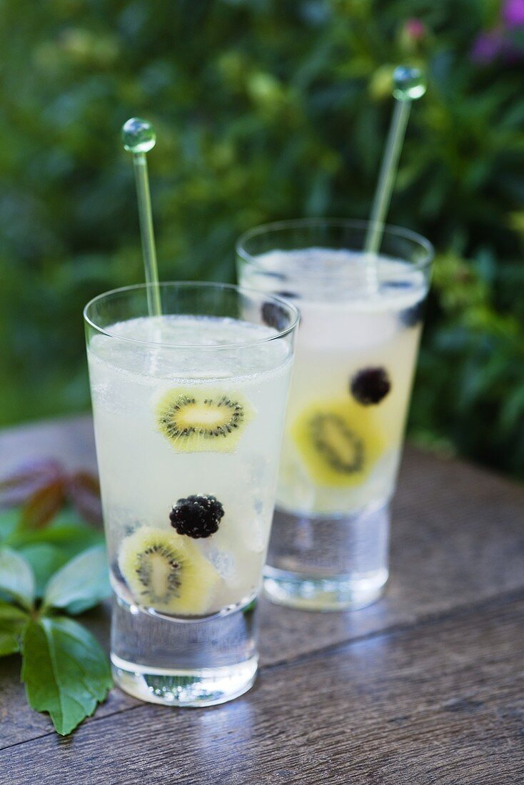 Fruit punch with kiwi fruit and blackberries
