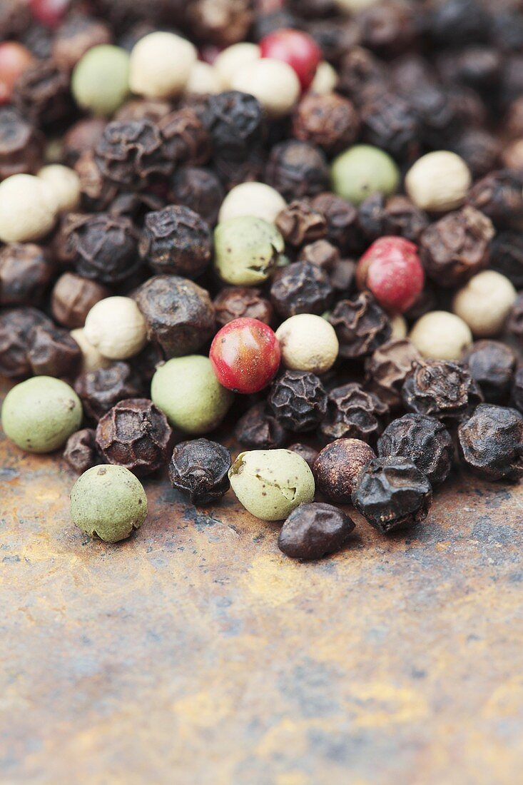 Various peppercorns (close-up)