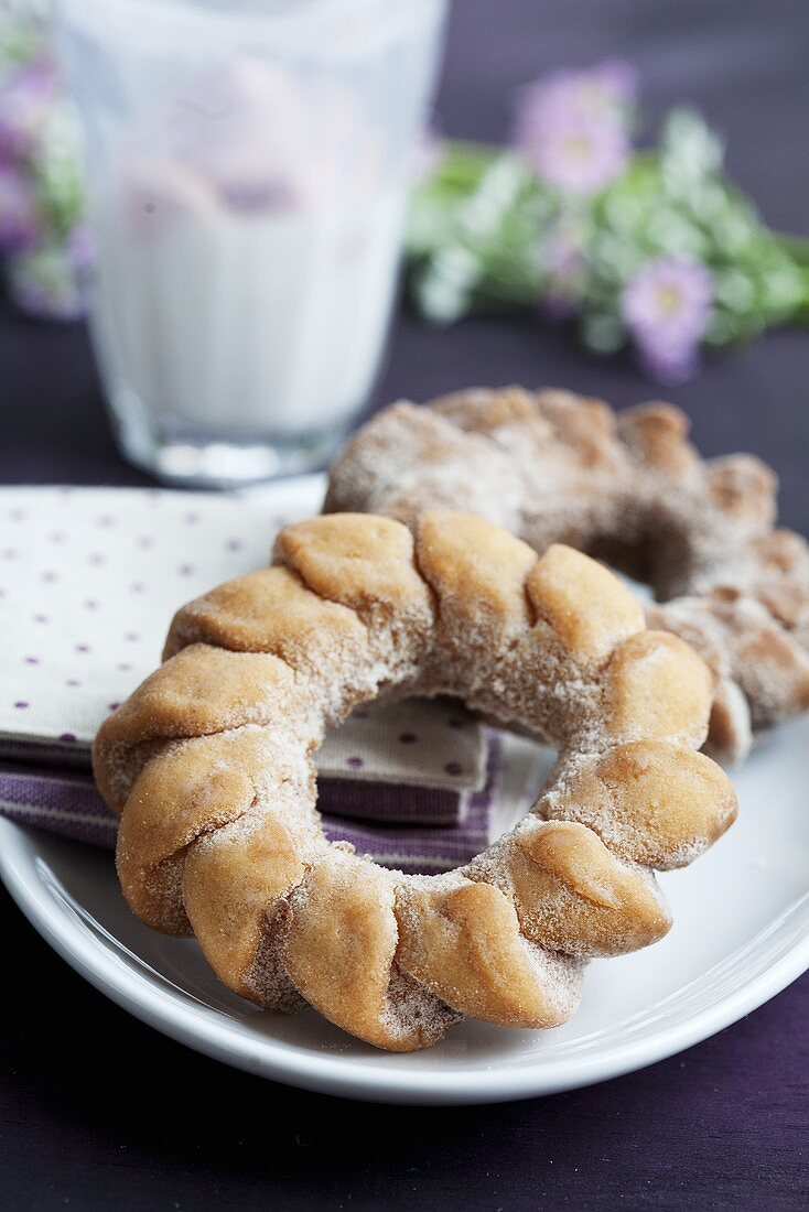 Yeast cake rings
