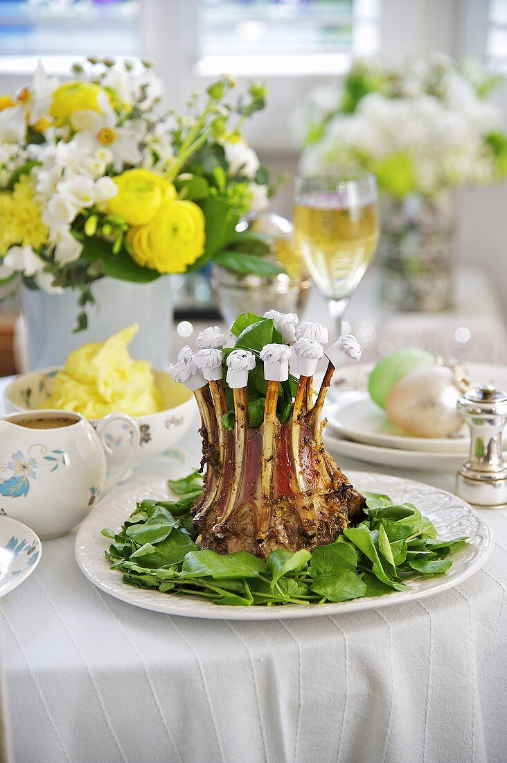 A lamb crown on an Easter table