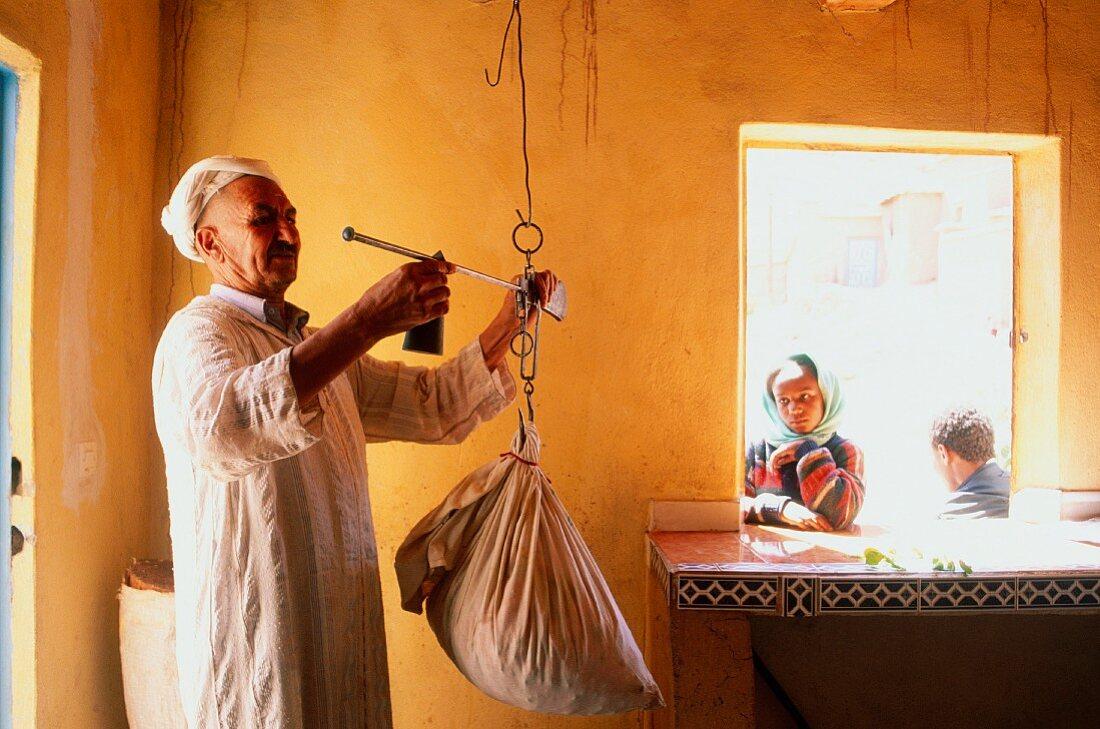 Buying Roses (Rosa Damascena), Roses valley producer, M'Gouna, South, Morocco