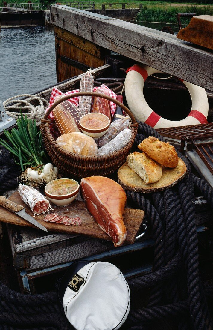 Cooked meats on the boat