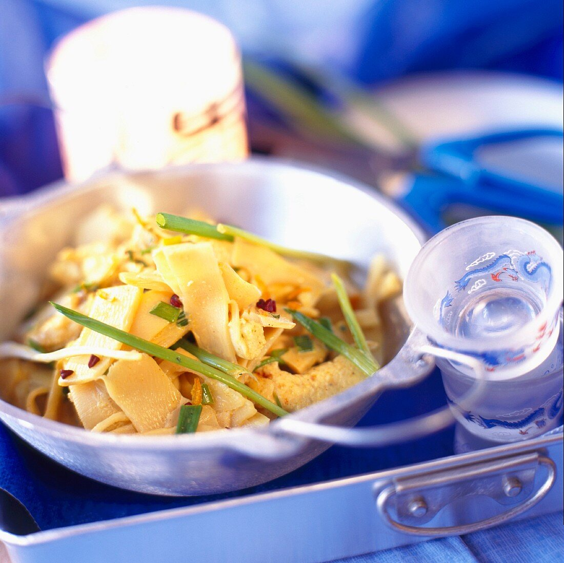 Chicken with bean sprouts